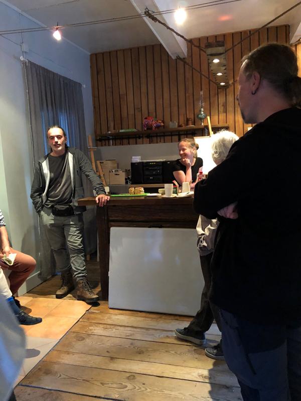 Zu Besuch im Atelier bei Barbara Banska und Joao - unsere Guides im Urwald